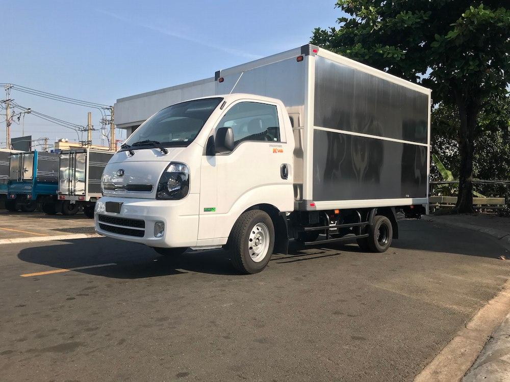 xe tải Kia K200 thùng kín tải trọng 0.99/1.49/1.9 tấn